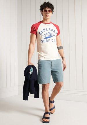 CALI SURF GRAPHIC BASEBALL  - Camiseta estampada - buttercream
