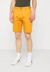 Scotch & Soda - STUART CLASSIC - Shorts - rust - 0