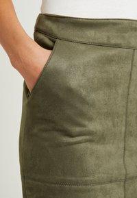 ONLY - ONLJULIE BONDED SKIRT - Mini skirt - grape leaf - 4