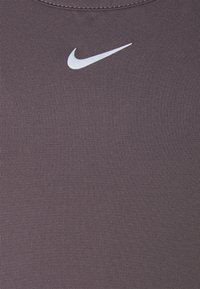 Nike Performance - ONE LUXE - Top - violet ore/reflective silver - 2