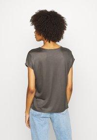 someday. - KUSANA - Basic T-shirt - blended oliv - 2