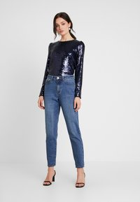Nly by Nelly - PERFECT SEQUIN - Bluse - dark blue - 1