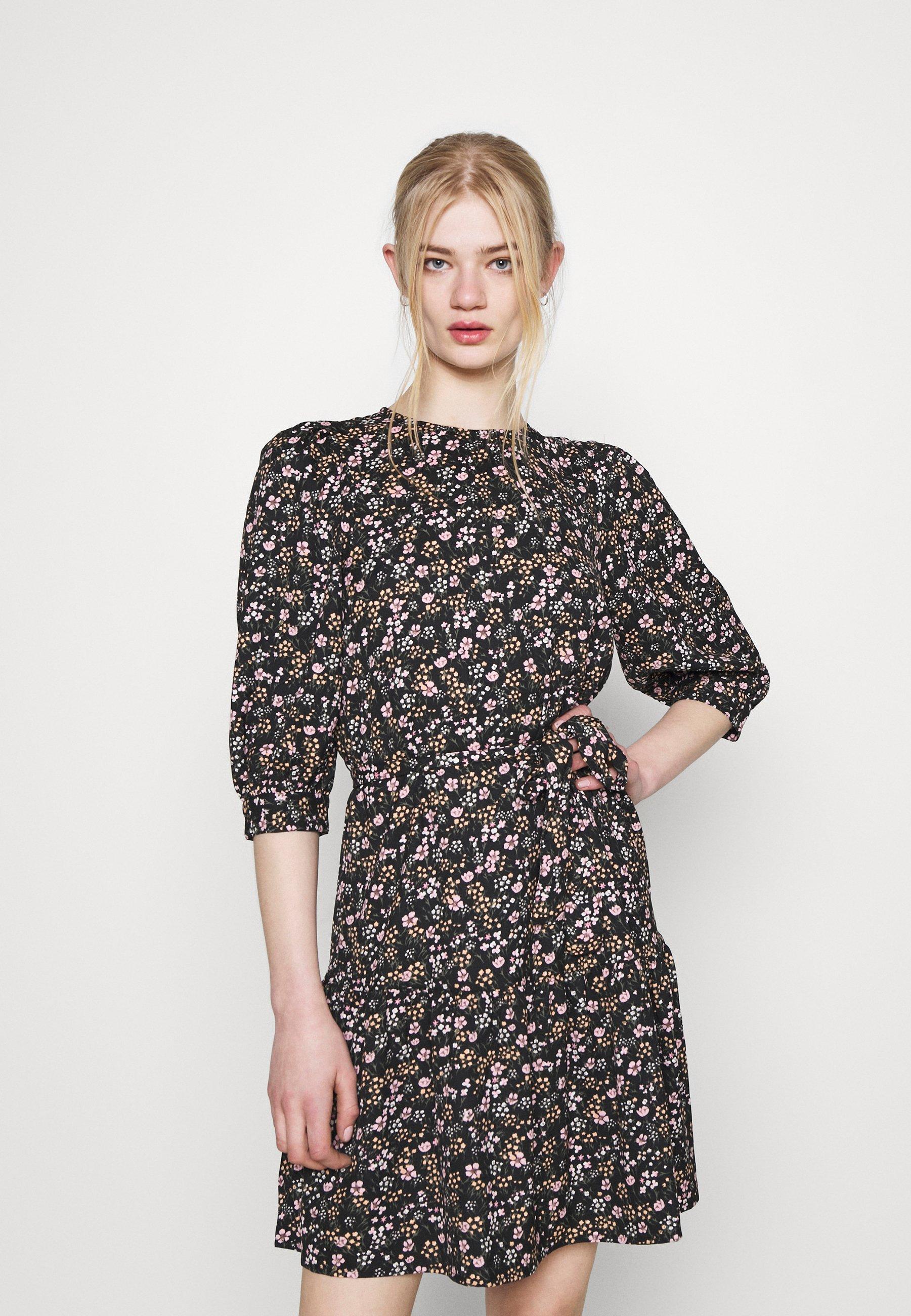 Women ONLRIKKA DRESS - Day dress