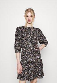 ONLY - ONLRIKKA DRESS - Kjole - black - 0