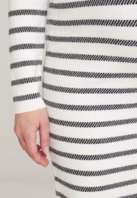 Ripe - GRID DRESS - Fodralklänning - white/black - 5