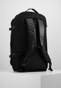 Dakine - RANGER TRAVEL PACK 45L UNISEX - Backpack - black - 0