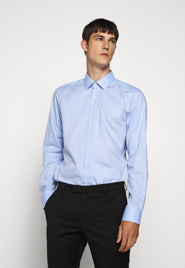 PIERRE - Zakelijk overhemd - pastel blu