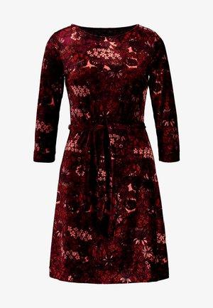 ZOE DRESS CRIMSON - Day dress - windsor red