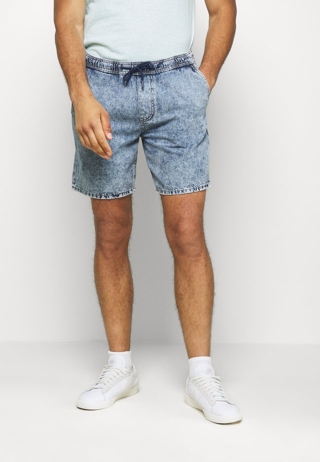 Denim shorts - blue medium wash