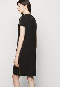Barbour International - GRID DRESS - Sukienka z dżerseju - black - 4