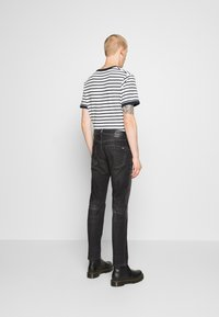Tommy Jeans - SCANTON SLIM - Slim fit jeans - grey denim - 2