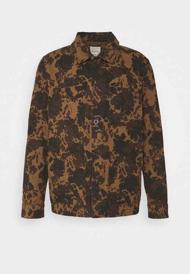 AXEL SHIRT - Summer jacket - khaki