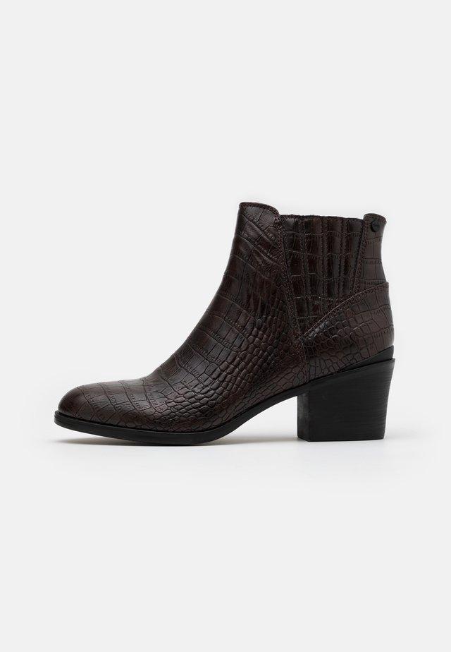 PESARO  - Korte laarzen - dark brown