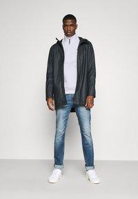 Tommy Jeans - DETAIL MOCK NECK - Sweatshirt - white - 1