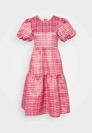 TIERED MIDI DRESS - Day dress - red/pink
