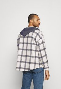 Sixth June - TARTAN WITH HOOD - Skjorta - white/grey - 2