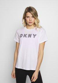 DKNY - TRACK LOGO - Print T-shirt - white - 0