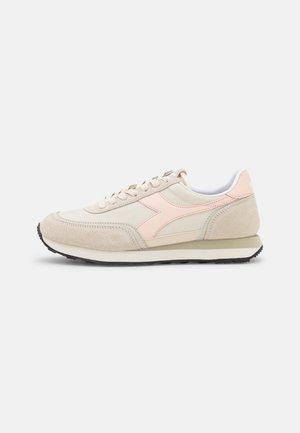 KOALA REPLICANT - Sneakers - beige alabaster