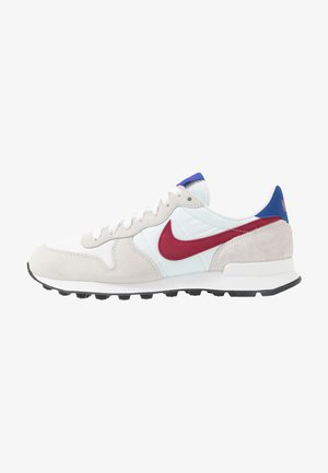 INTERNATIONALIST - Matalavartiset tennarit - summit white/noble red/hyper blue/black