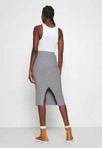 Moss Copenhagen - GWEN RACHELLE SKIRT - Pencil skirt - mottled grey - 2