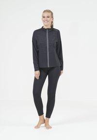 Endurance - Training jacket - 1001 black - 5