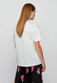 BOSS - ELENAS - Print T-shirt - white - 2