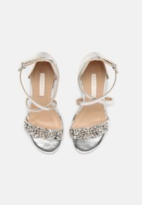 Dorothy Perkins - SHOWCASE BUTTERFLY - Sandals - silver - 4