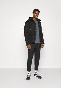 TOM TAILOR DENIM - HEAVY PUFFER JACKET - Winter jacket - black - 1