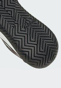 adidas Performance - DEFIANT GENERATION MULTICOURT - Clay court tennis shoes - black - 4