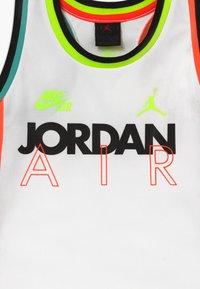 Jordan - SCHOOL OF FLIGHT TANK - Top - white - 3
