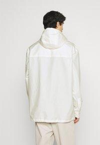 Lacoste - Waterproof jacket - flour - 2