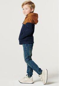 Noppies - BOOSTER - Sweater met rits - black iris - 2
