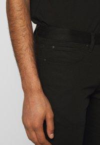 HUGO - Džíny Slim Fit - black - 3