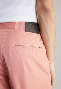 JOOP! Jeans - RUDO - Shorts - puderrosa - 4