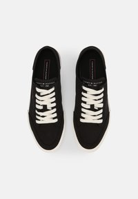 Tommy Hilfiger - CORE CORPORATE  - Sneakers laag - black - 3