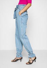 Stella Nova - RAIN - Relaxed fit jeans - washed denim - 3