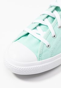 Converse - CHUCK TAYLOR ALL STAR DAINTY SEASONAL - Zapatillas - ocean mint/white - 2