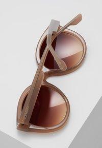 Komono - ELLIS - Sluneční brýle - sahara - 4