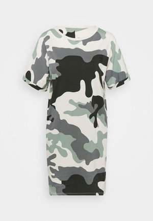 JOOSA DRESS R WMN S/S - Jersey dress - green