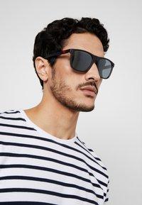 Emporio Armani - Sunglasses - black/light grey - 1