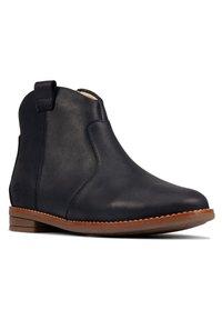 Clarks - DREW NORTH  - Ankle boots - dunkelblaues leder - 2