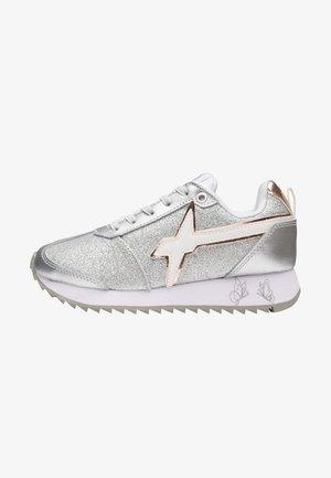 Sneakers basse - silber