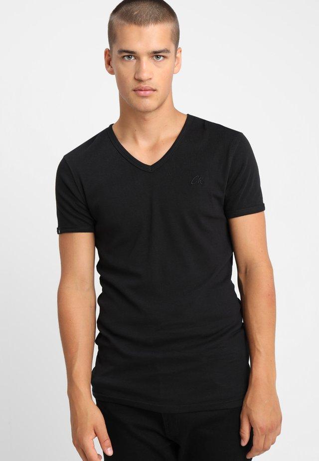 CAVE - Basic T-shirt - std black