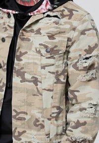SIKSILK - COLLARLESS JACKET - Denim jacket - desert - 4