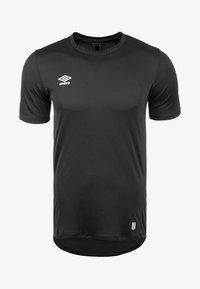 Umbro - Basic T-shirt - black - 0