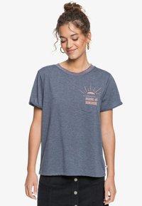 Roxy - BREEZY OCEAN - Print T-shirt - mood indigo - 0