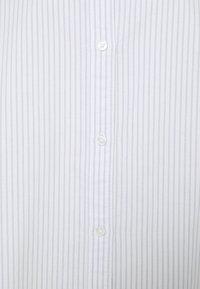 Weekday - EDYN OXFORD - Button-down blouse - blue/white - 5