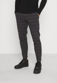 Redefined Rebel - ERCAN CROPPED PANTS - Chinos - dover check - 0