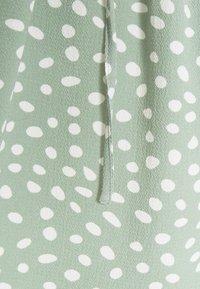 ONLY Petite - ONLMARIANA MYRINA LIFEDRESS - Day dress - chinois green/big karo dot - 2