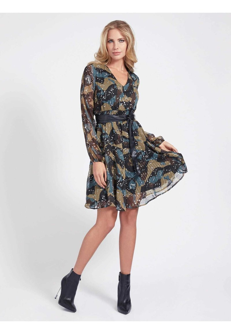Guess - ALLOVER-PRINT - Cocktail dress / Party dress - camouflage